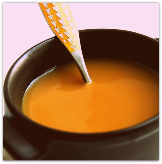 gulerodssuppe, suppe, gulerødder, chili, ingefær